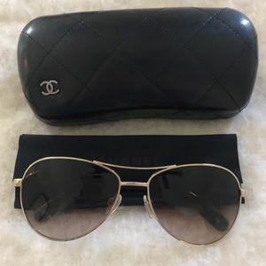 Chanel Aviator sunglasses / gold and tortoise